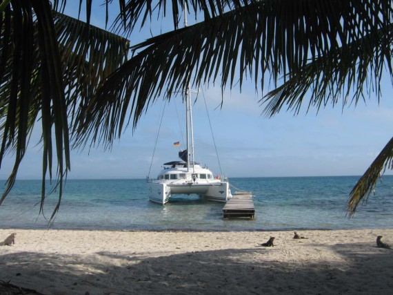 На катамаране по Карибскому морю и Кубе!